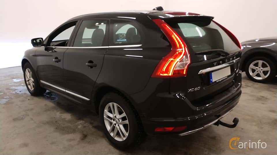 Back/Side of Volvo XC60 D4 AWD Geartronic, 190ps, 2017