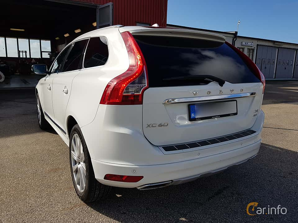 Back/Side of Volvo XC60 D4 AWD Geartronic, 190ps, 2016