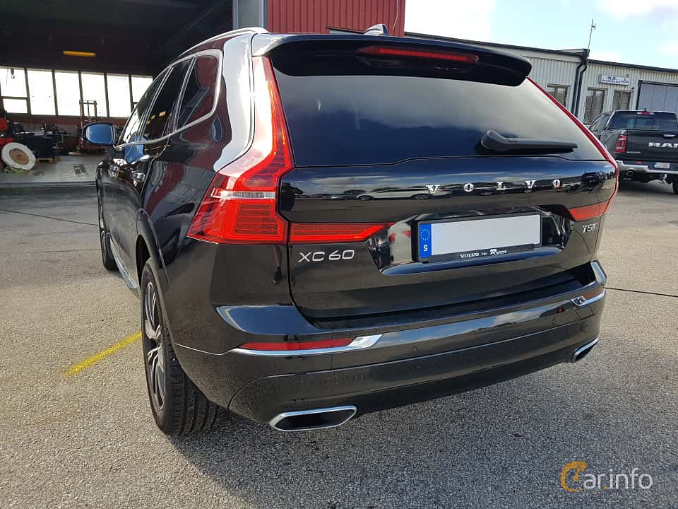 Back/Side of Volvo XC60 T5 AWD Geartronic, 250ps, 2018