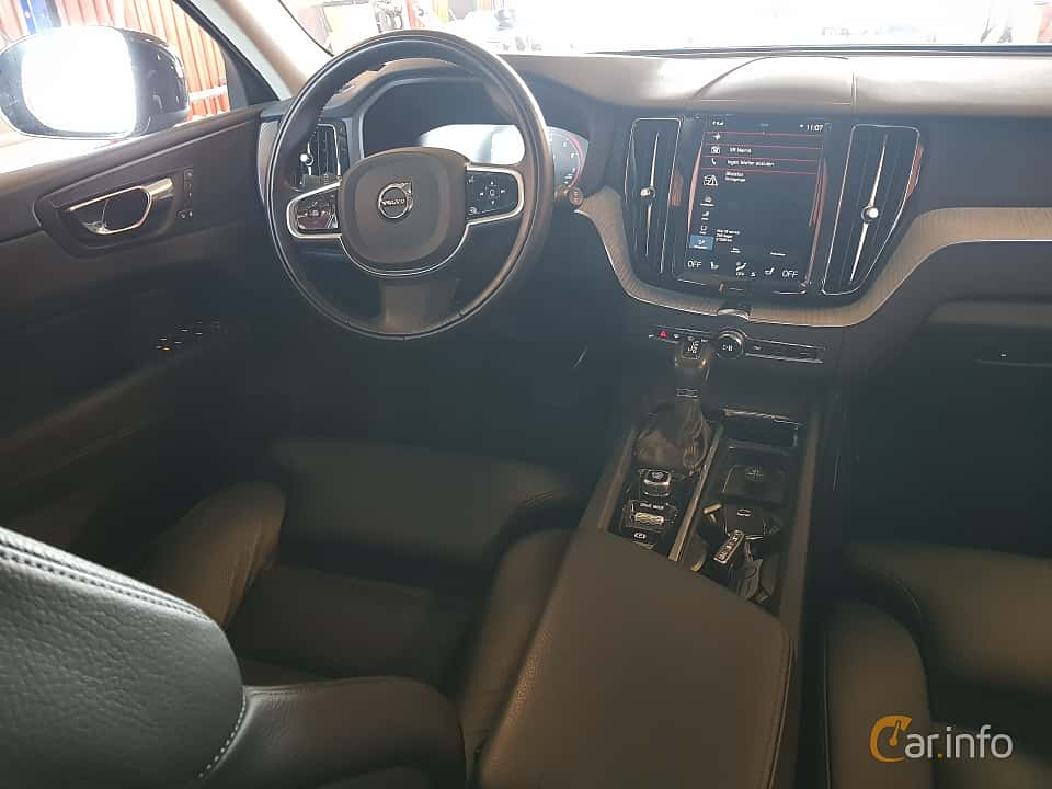 Interior of Volvo XC60 T5 AWD Geartronic, 250ps, 2018