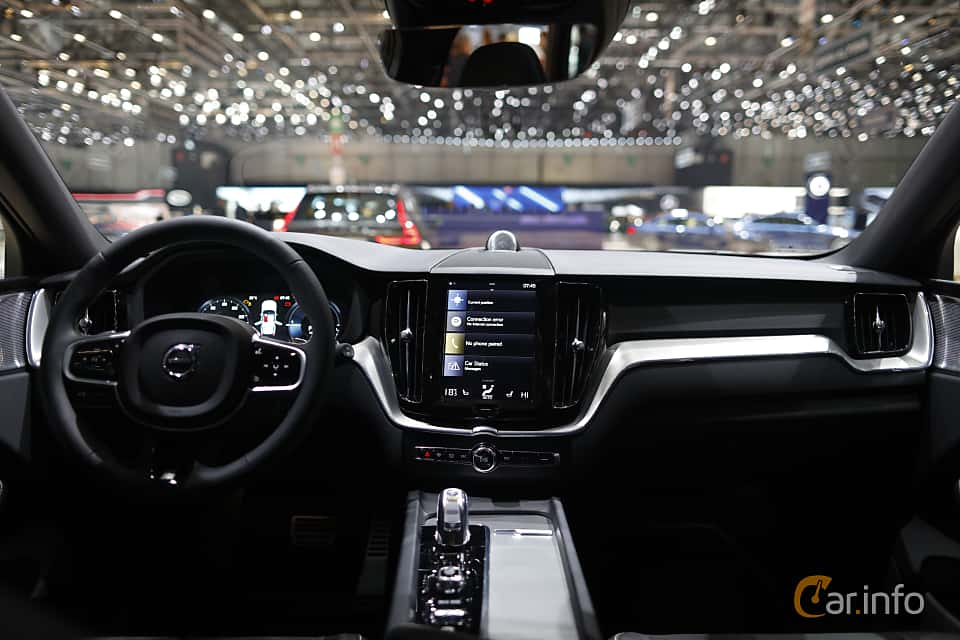 24 images of volvo xc60 2 0 t8 awd geartronic 408hp 2017 for Xc60 2017 interior