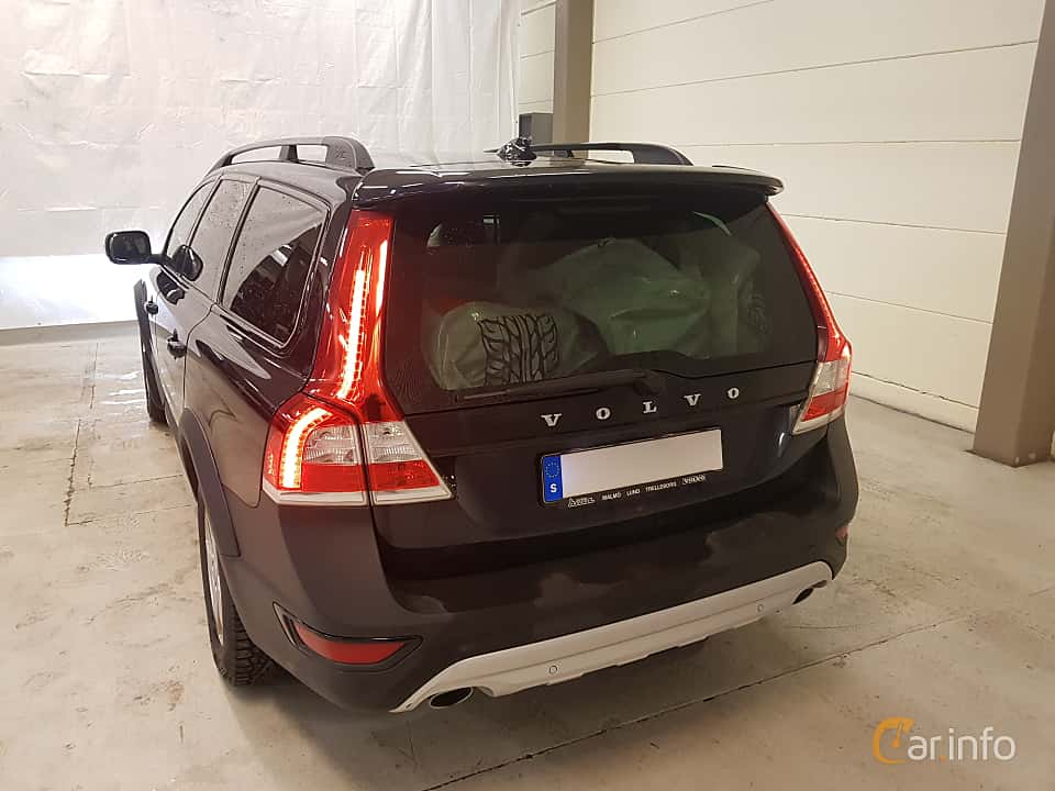 Back/Side of Volvo XC70 D4 Manual, 181ps, 2016