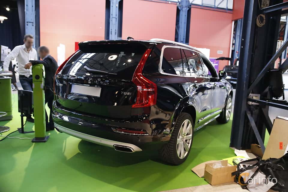 Back/Side of Volvo XC90 T8 AWD Geartronic, 407ps, 2017 at eCar Expo Göteborg 2016