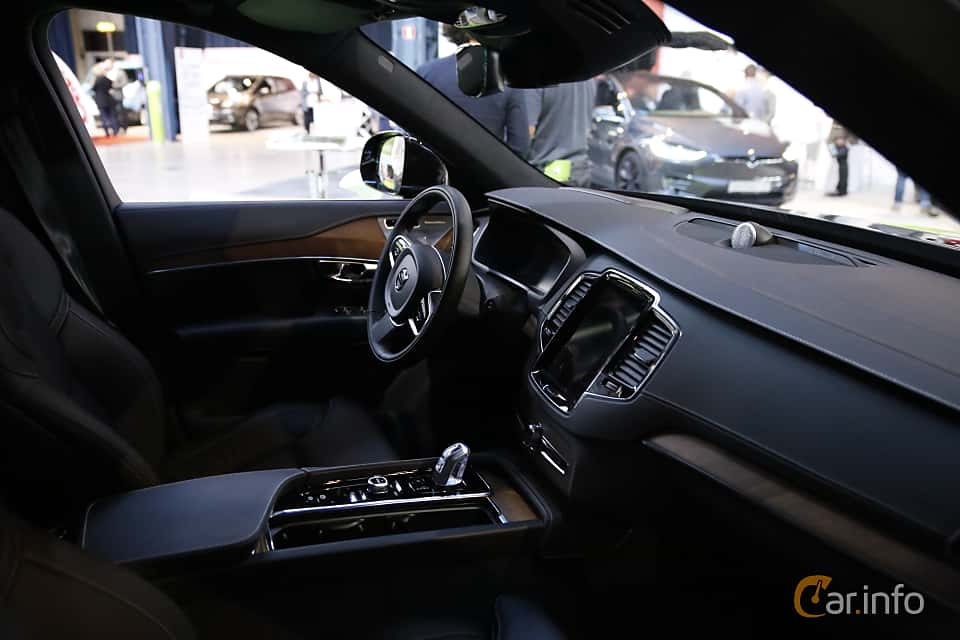 Interior of Volvo XC90 T8 AWD Geartronic, 407ps, 2017 at eCar Expo Göteborg 2016