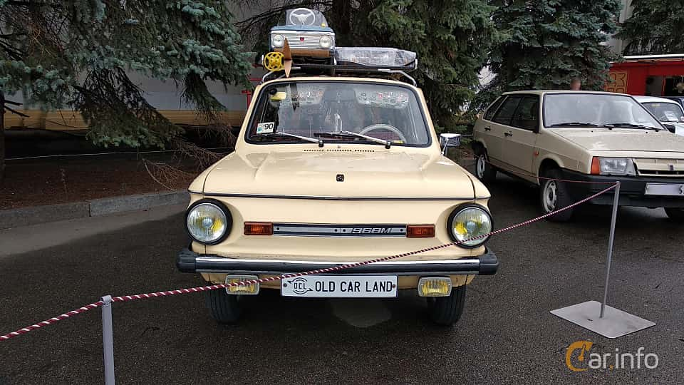 Front  of ZAZ ZAZ-968M 1979 at Old Car Land no.2 2018