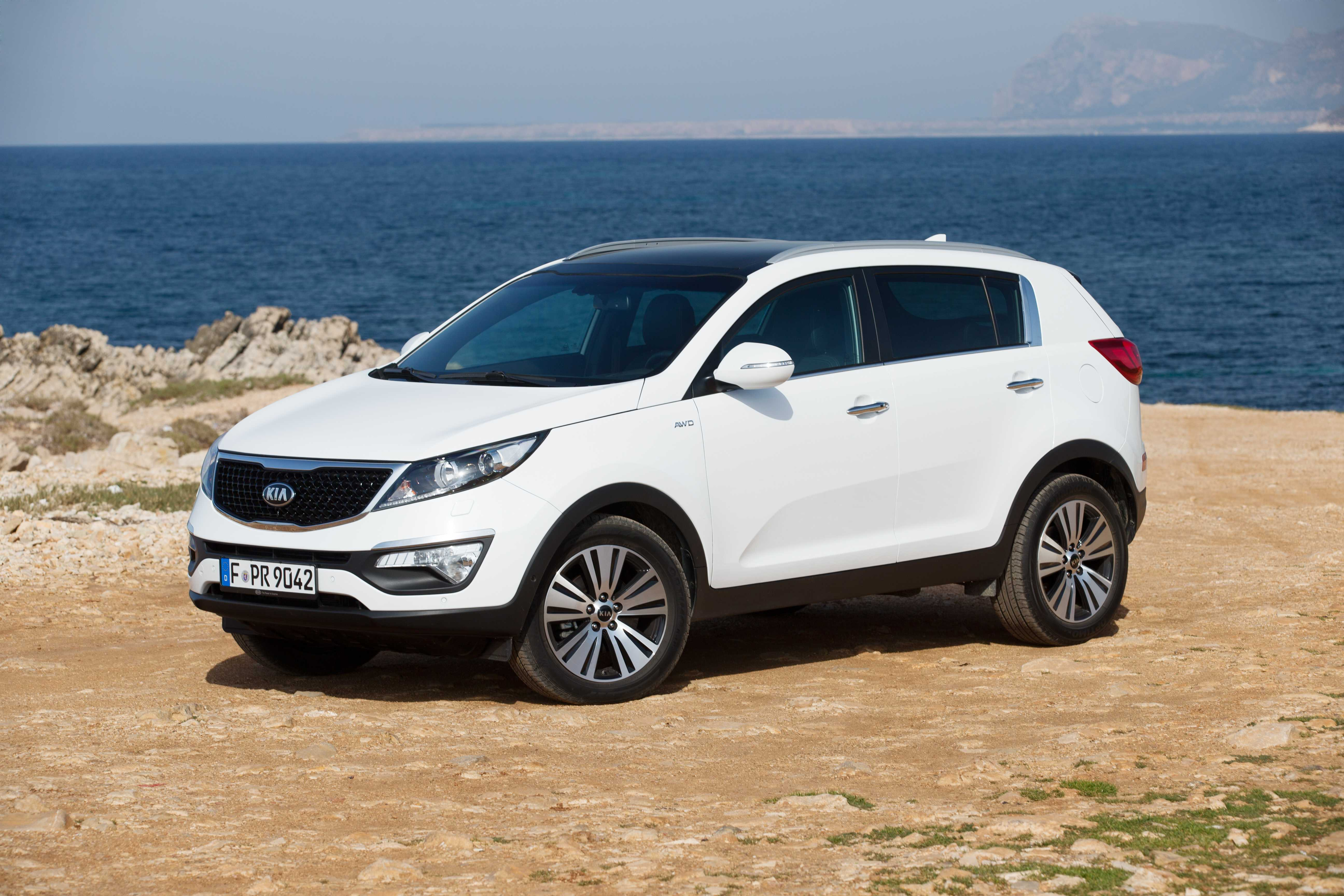 driving sportage r rapha created with l drive test reviews kia first road