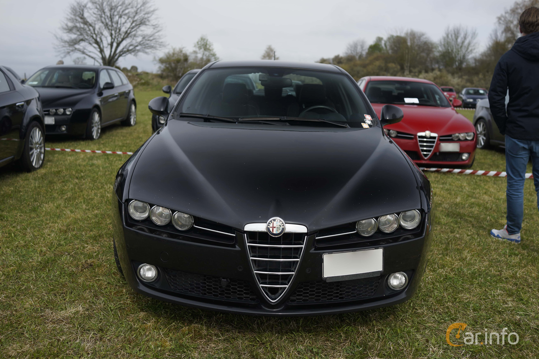 3 images of Alfa Romeo 159 1.75 TBi Manual, 200hp, 2011 by