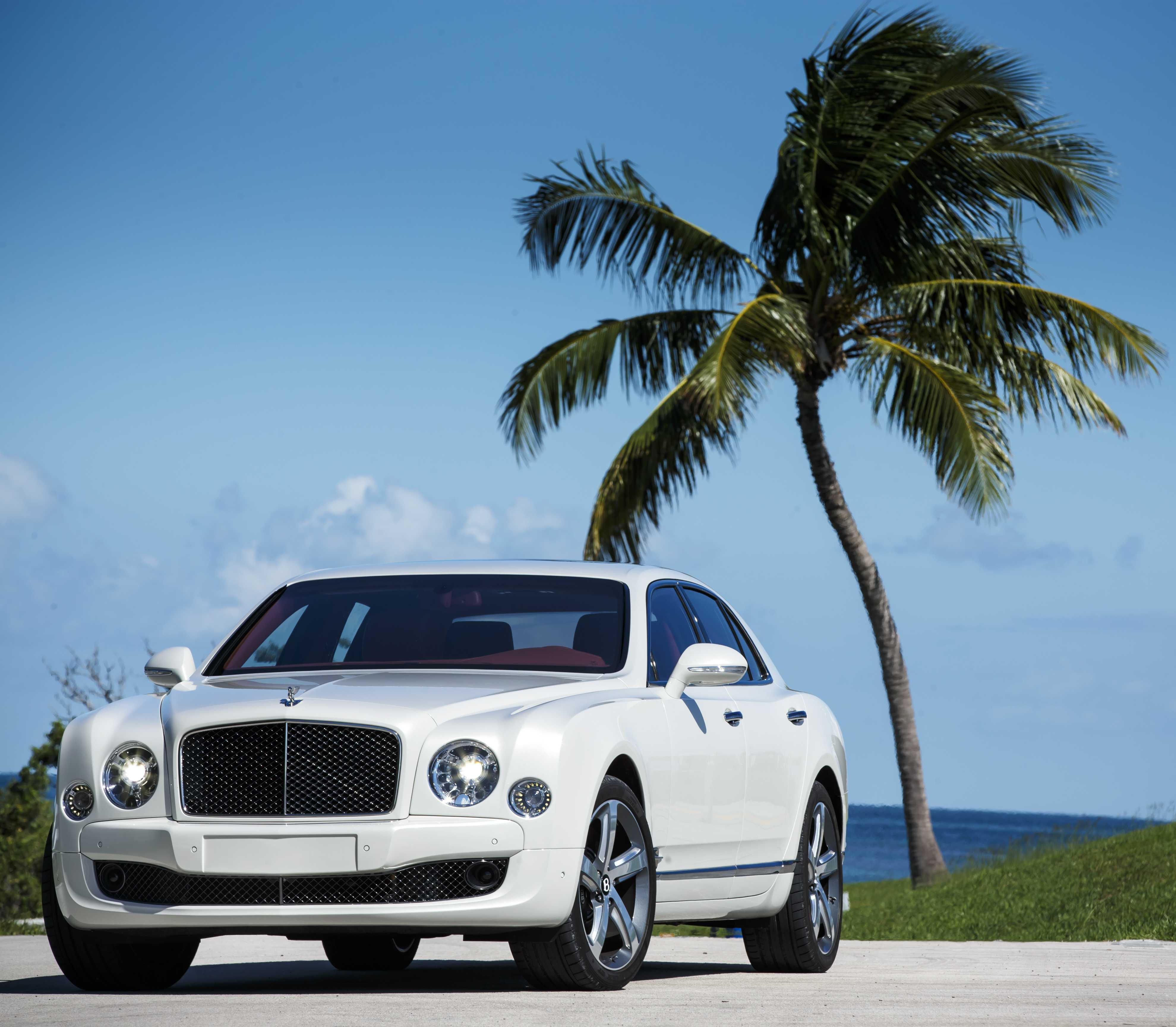 prices com bentley in car daily flying high spur res debuts revs moscow photos