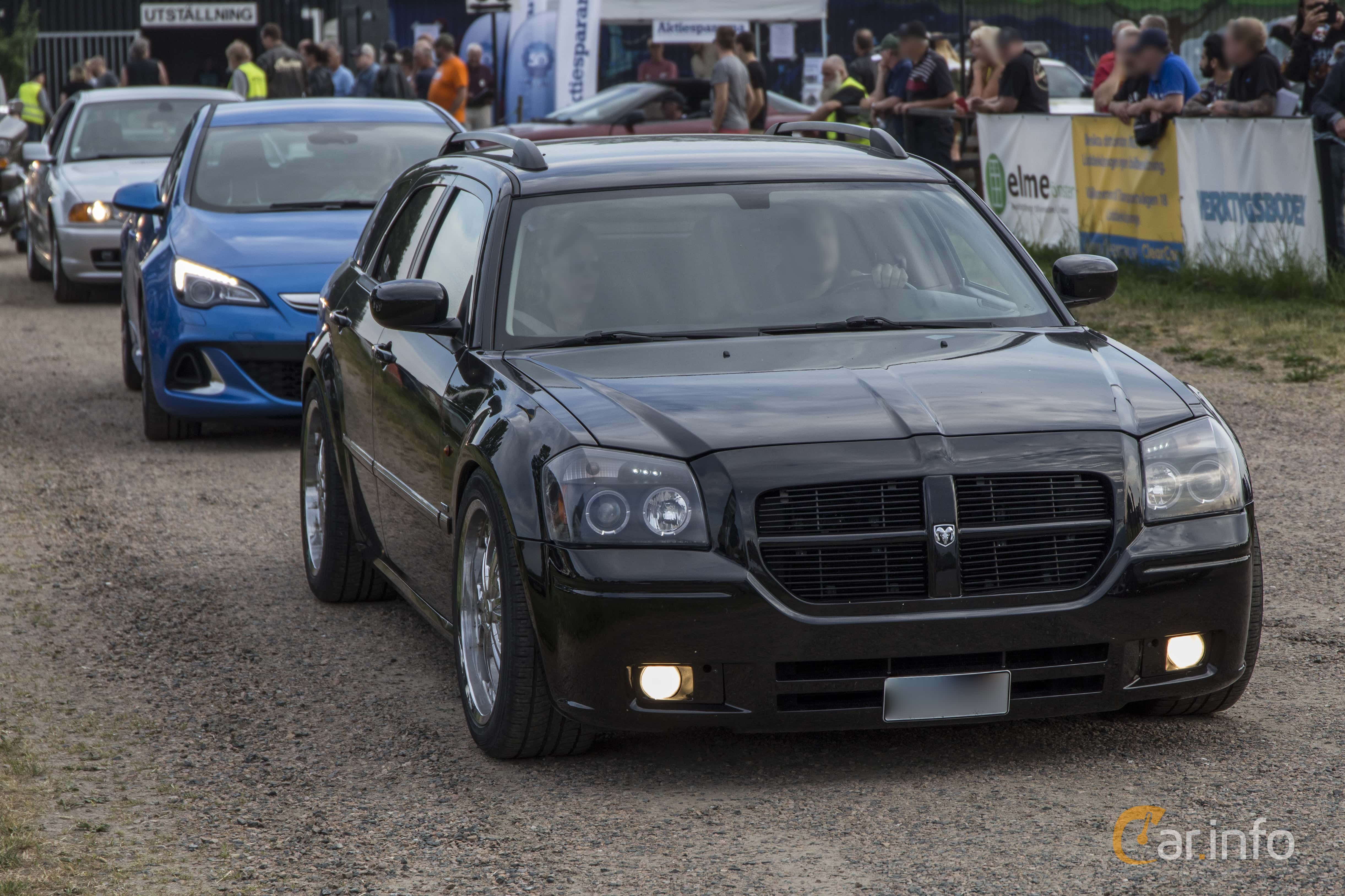 2016 Dodge Magnum >> 2 Images Of Dodge Magnum 5 7 V8 Hemi Automatic 345hp 2005