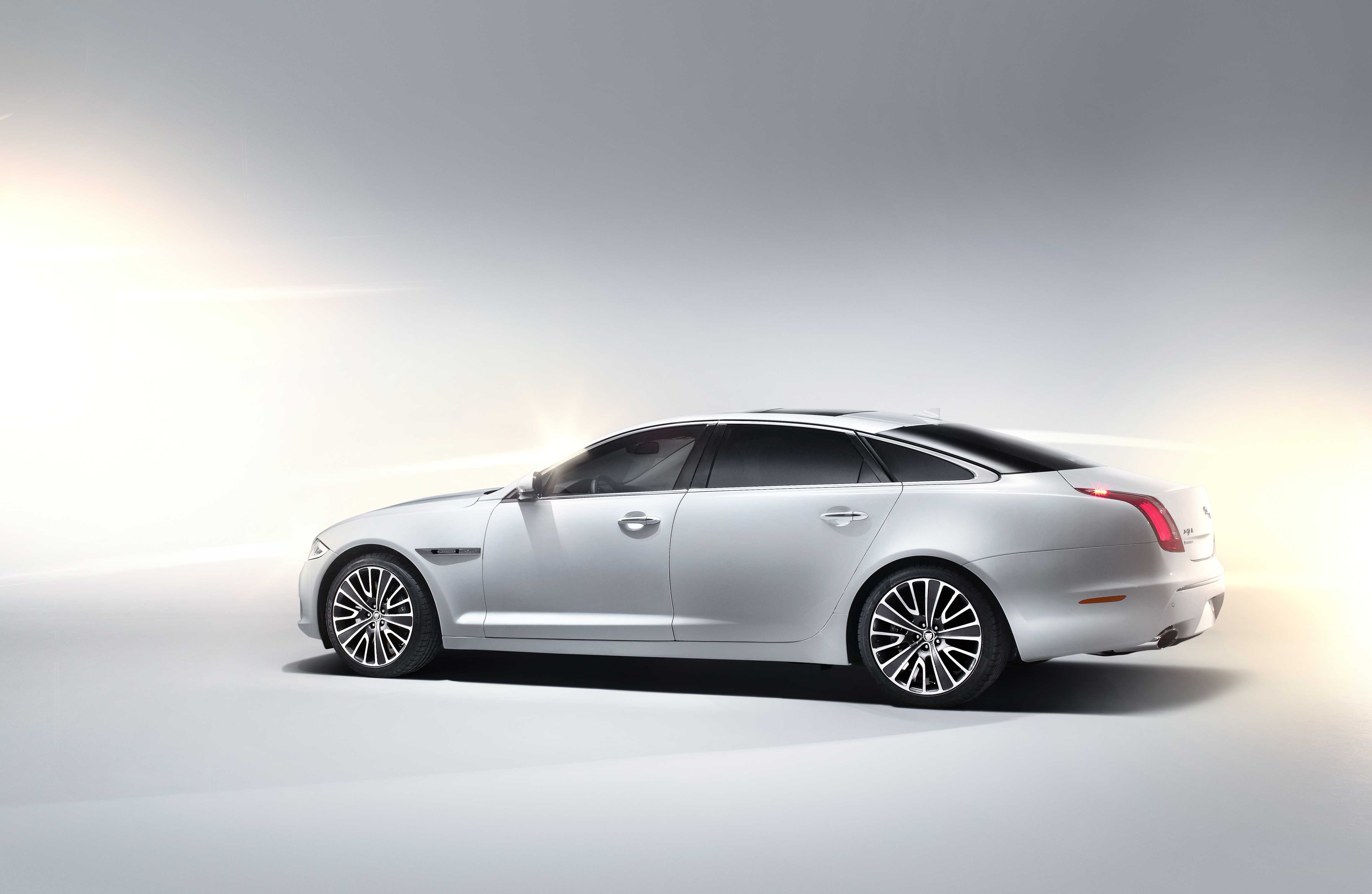 cats accessories play xfr the ready reviews jaguar latest vintage review u for dsc journal xj motoring r