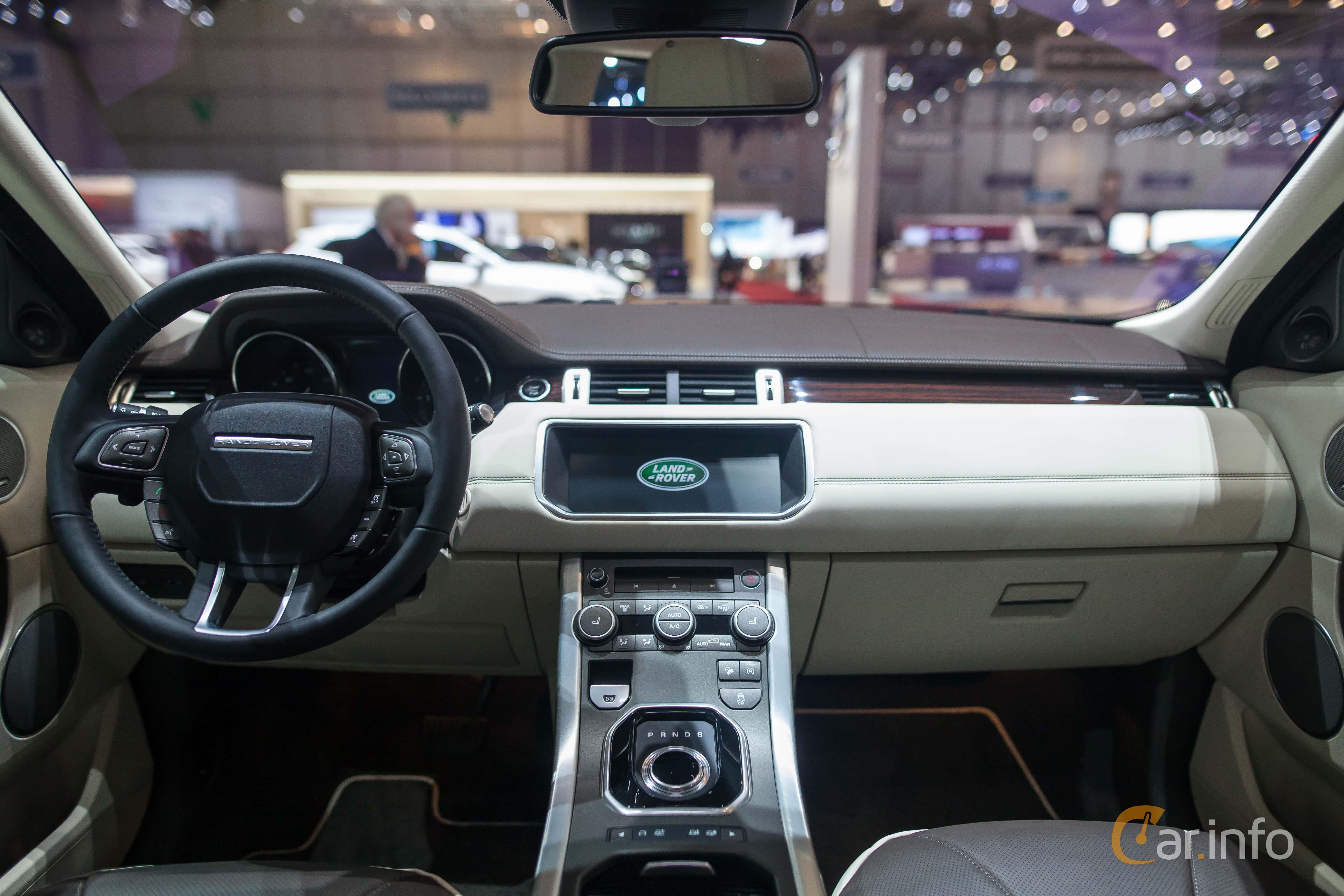 8 Images Of Land Rover Range Rover Evoque 5 Door 2017 By