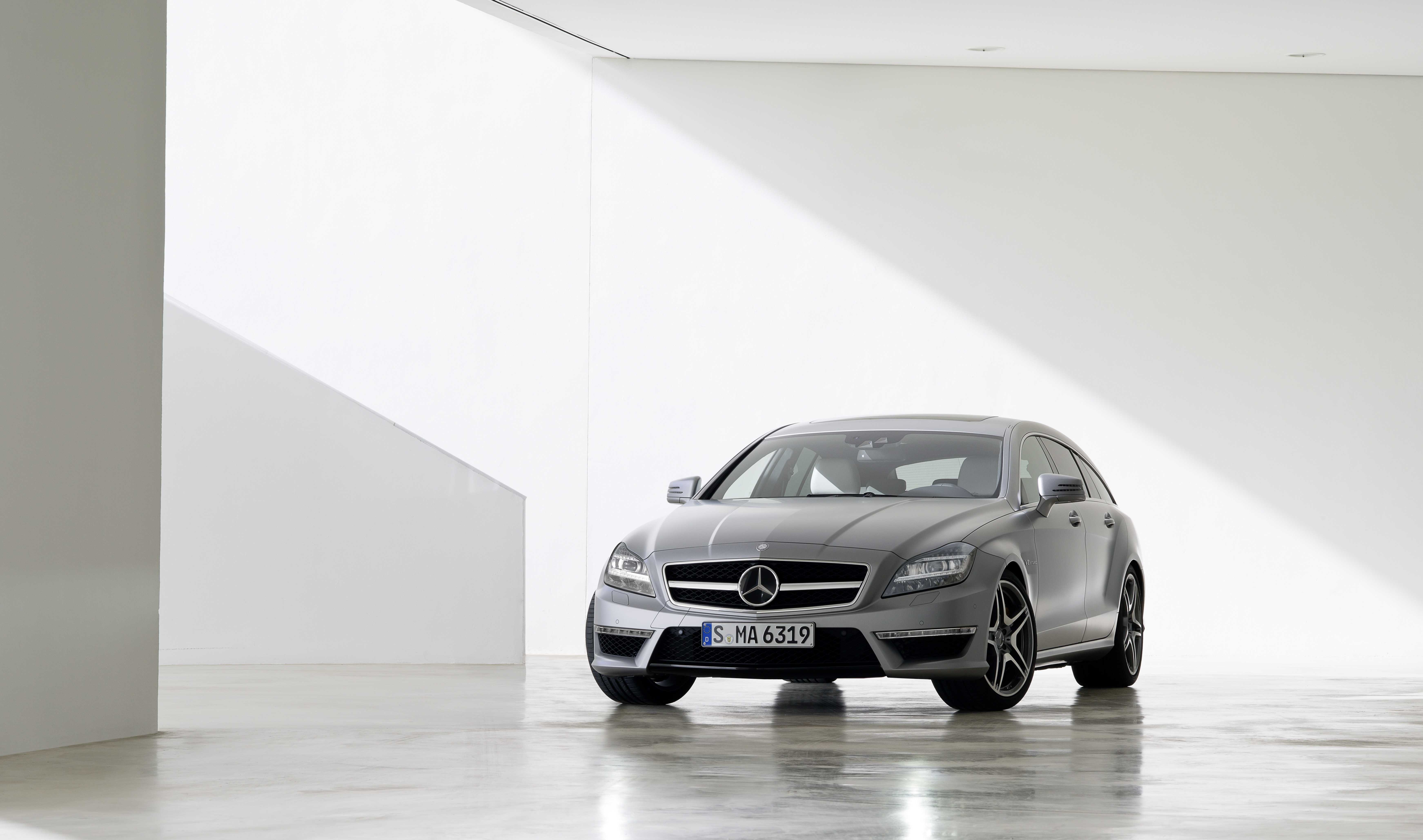 Mercedes Benz CLS 63 AMG Shooting Brake 525hp 2013