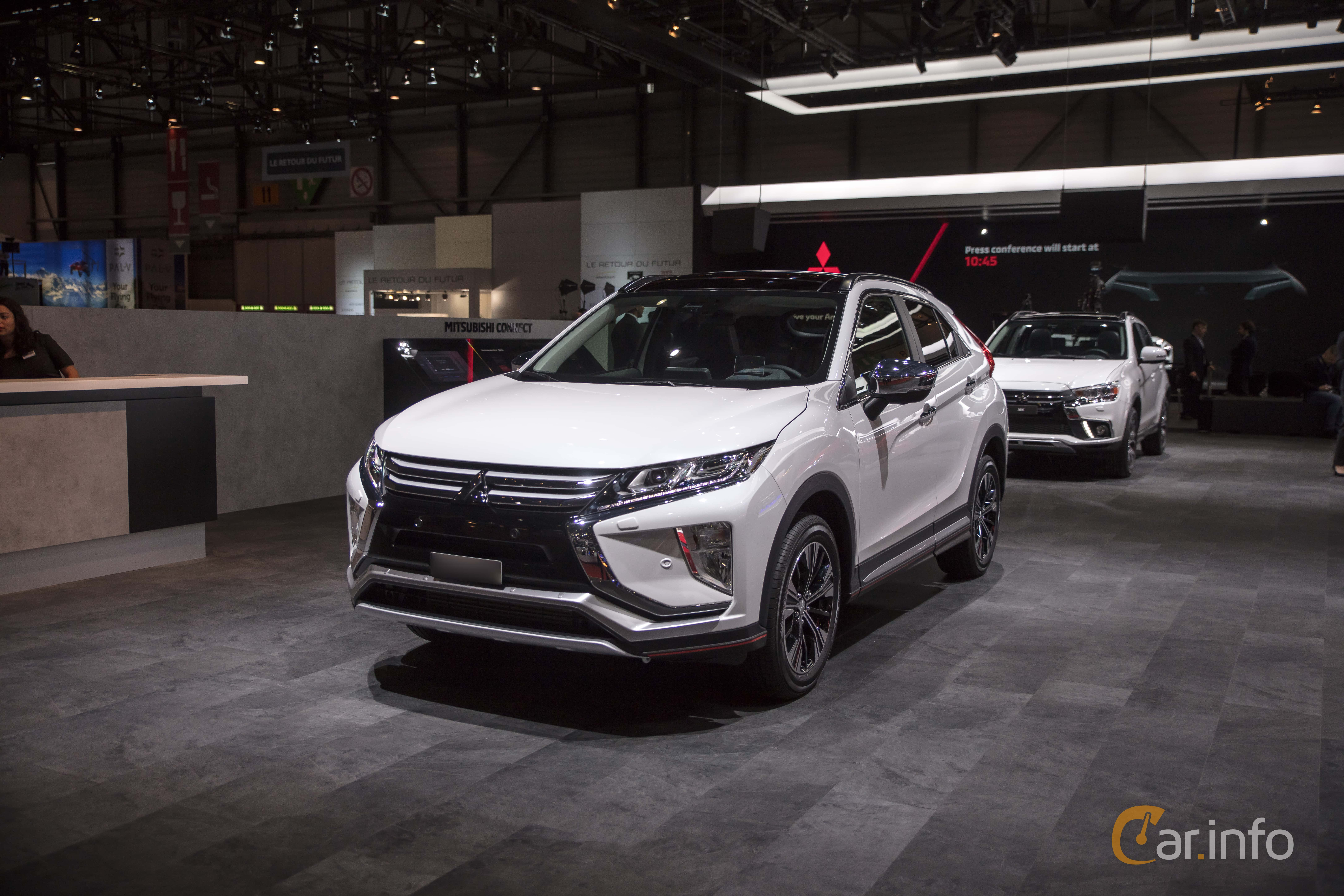 9 images of Mitsubishi Eclipse Cross 1 5 T-MIVEC ClearTec