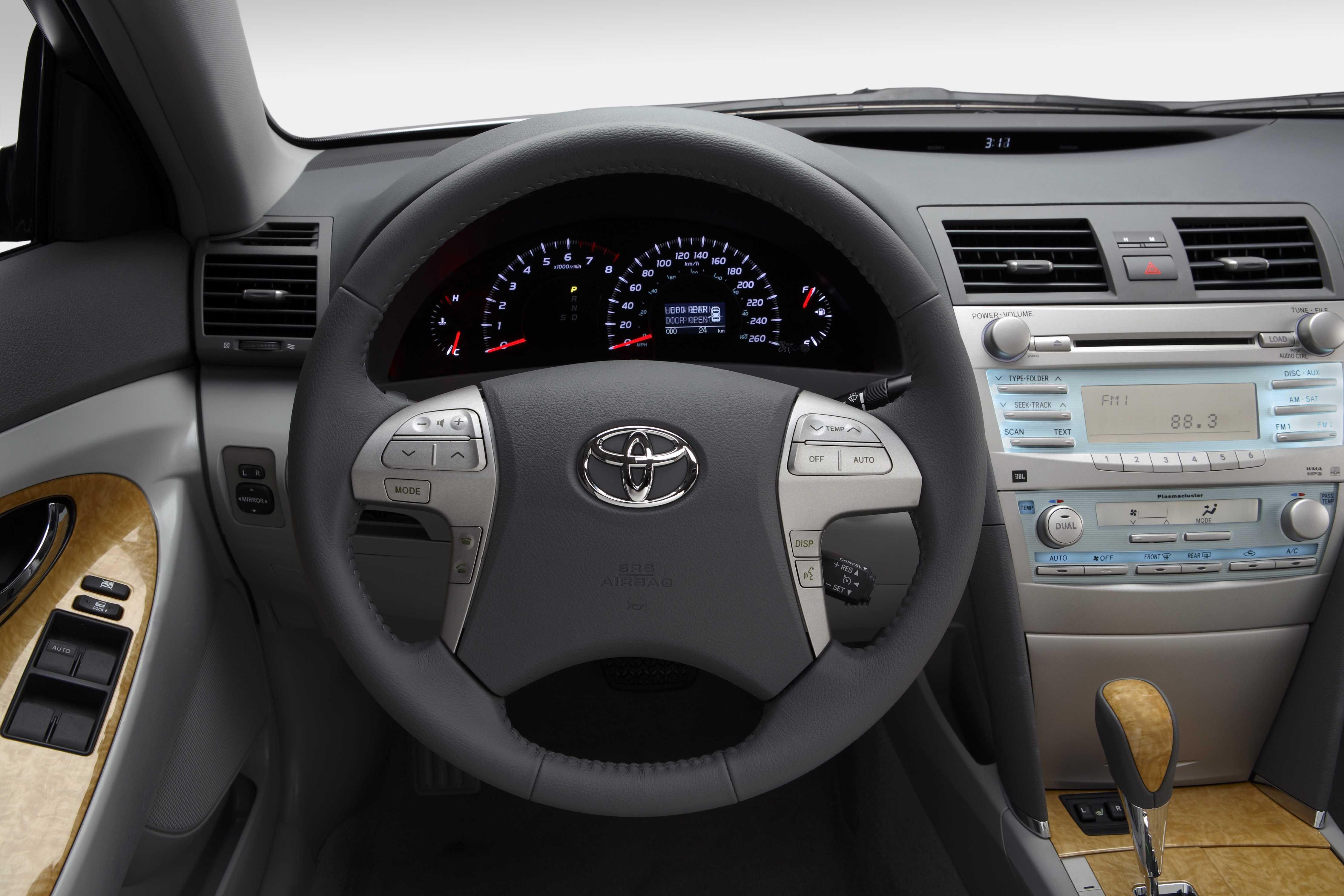Toyota Camry 35 V6 Xv40 2011 Interior