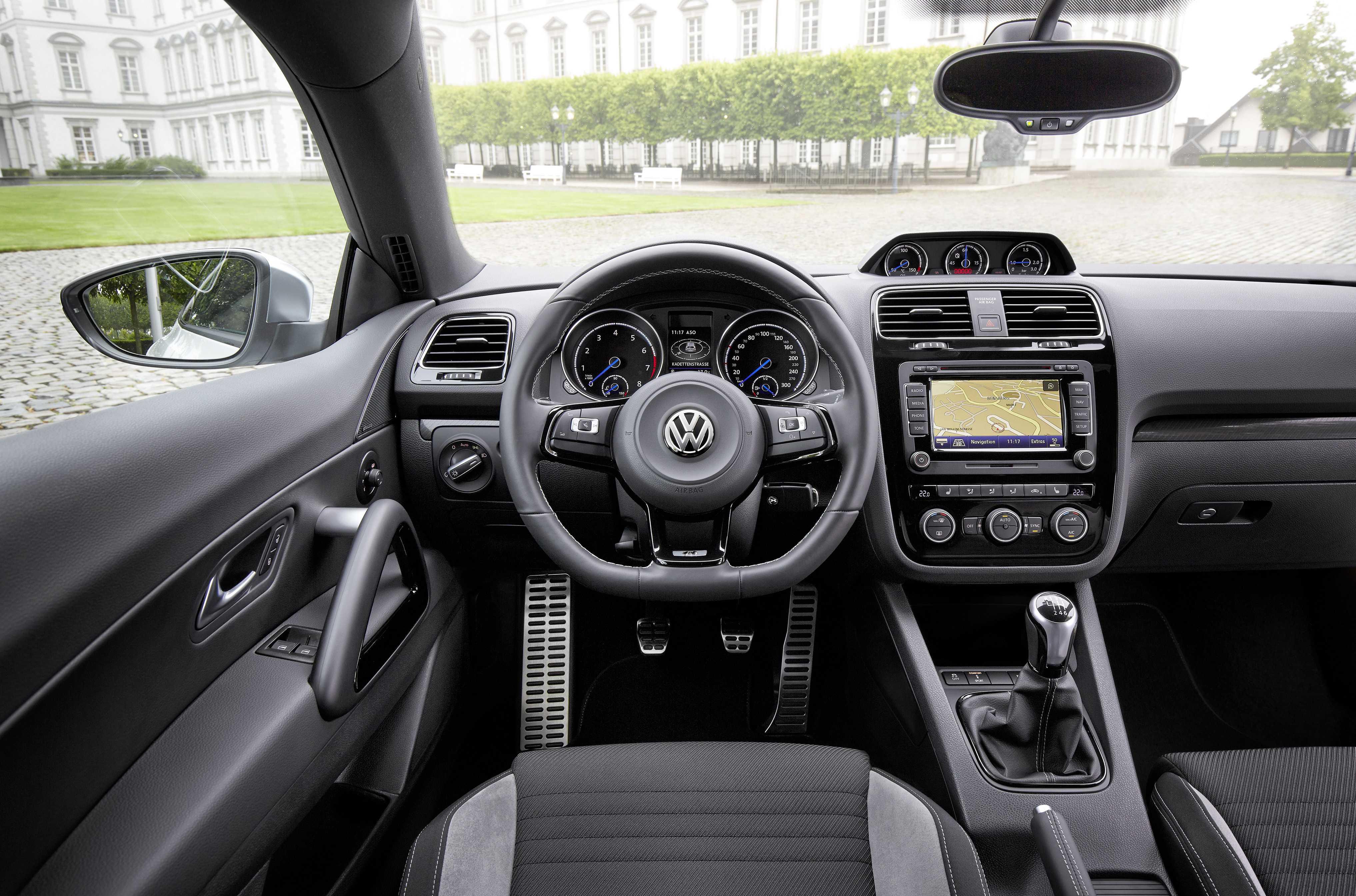 https://s.car.info/image_files/full/volkswagen-scirocco-interior-0-191414.jpg