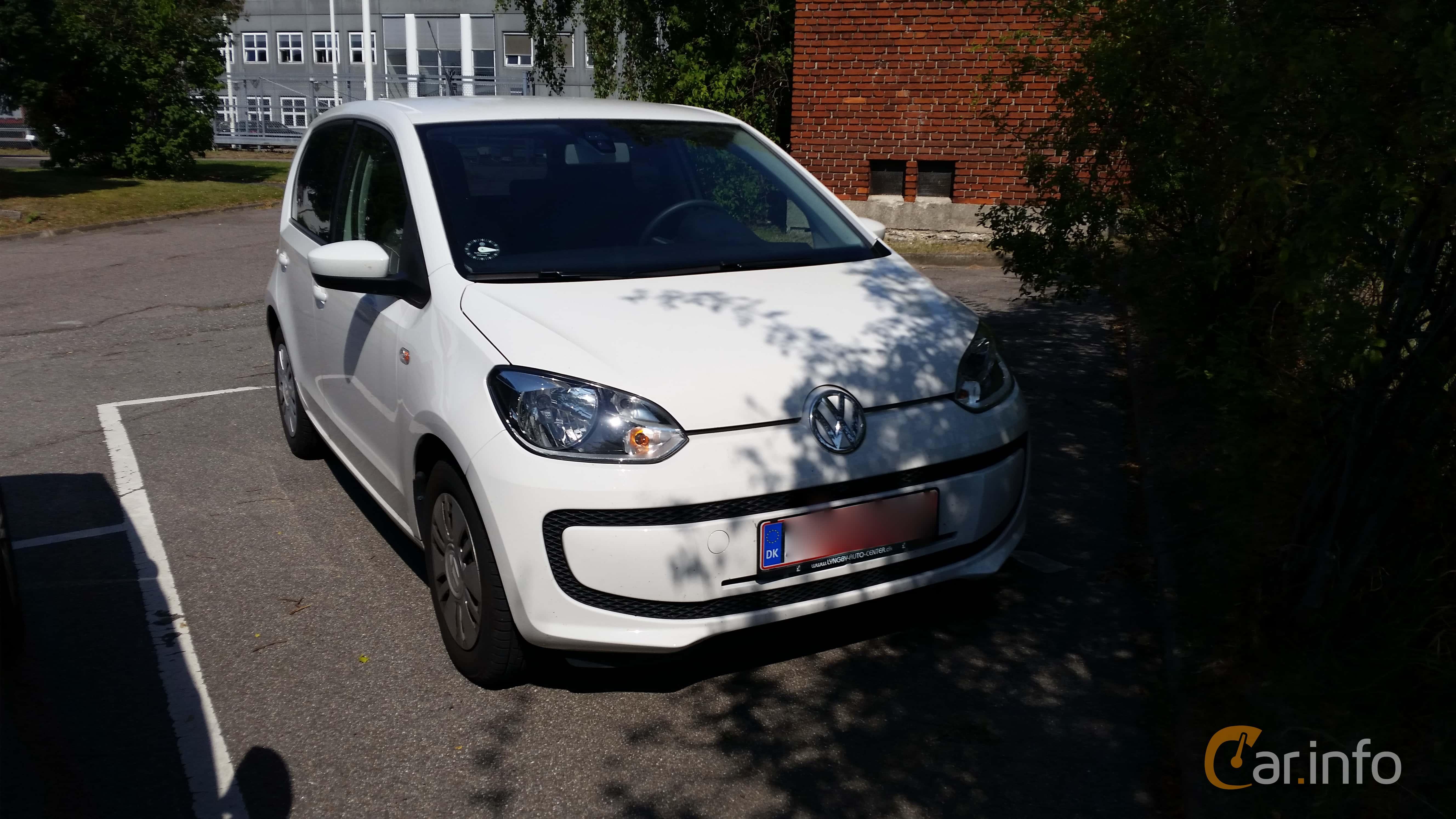2 Images Of Volkswagen Up 5 Door 10 Manual 60hp 2013 By Johanb