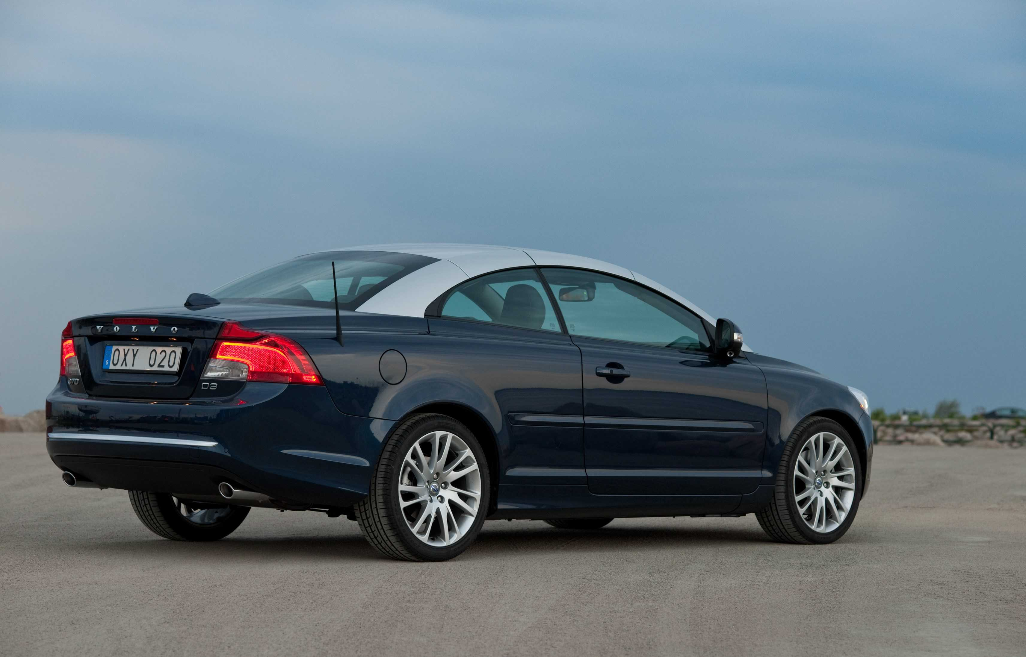 vehicle review convertibles volvo of expert used